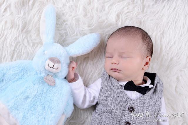 séance photos bébé famille naissance en studio la roche sur yon vendée 85