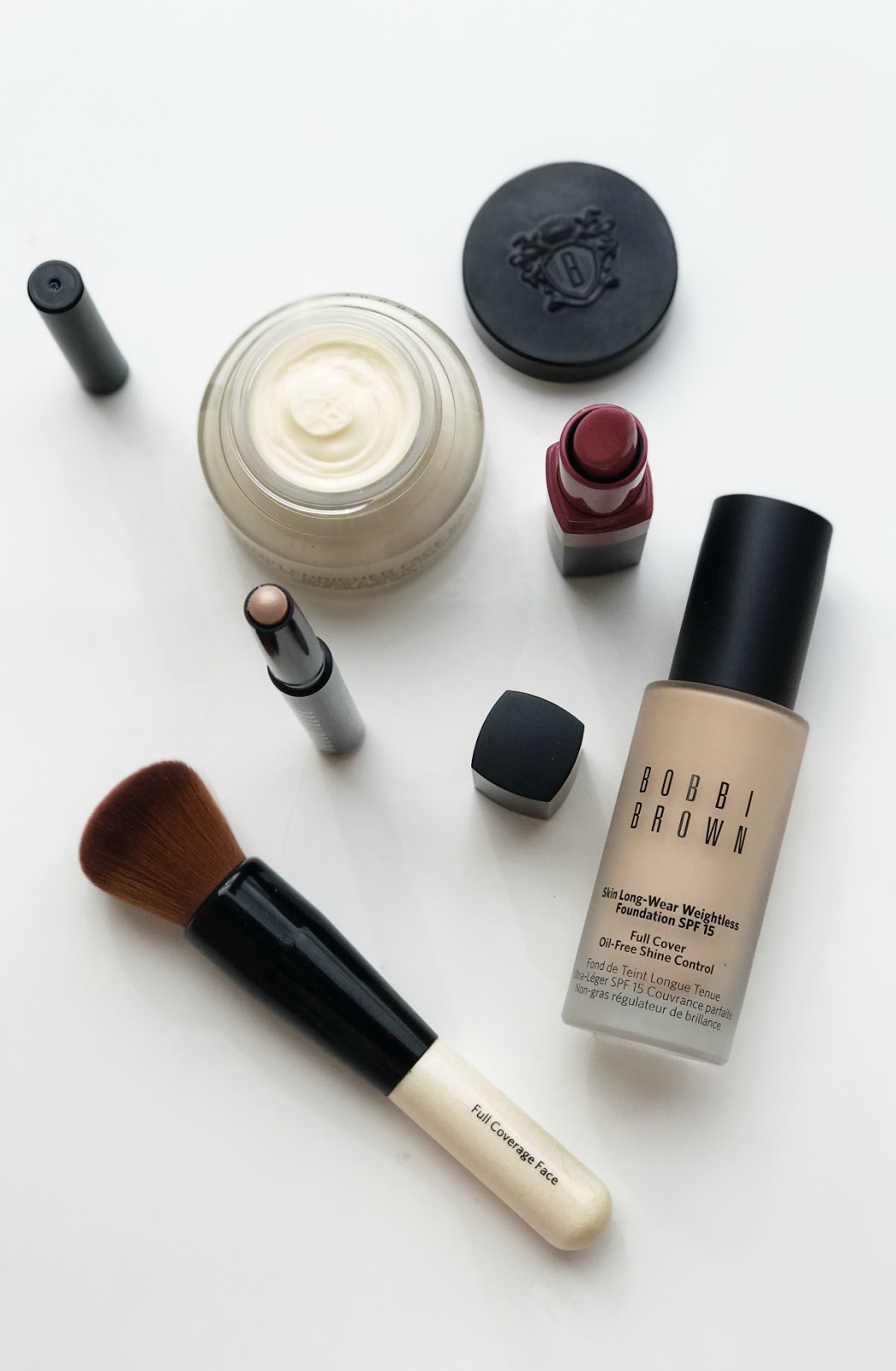 5 Bobbi Brown Beauty Essentials