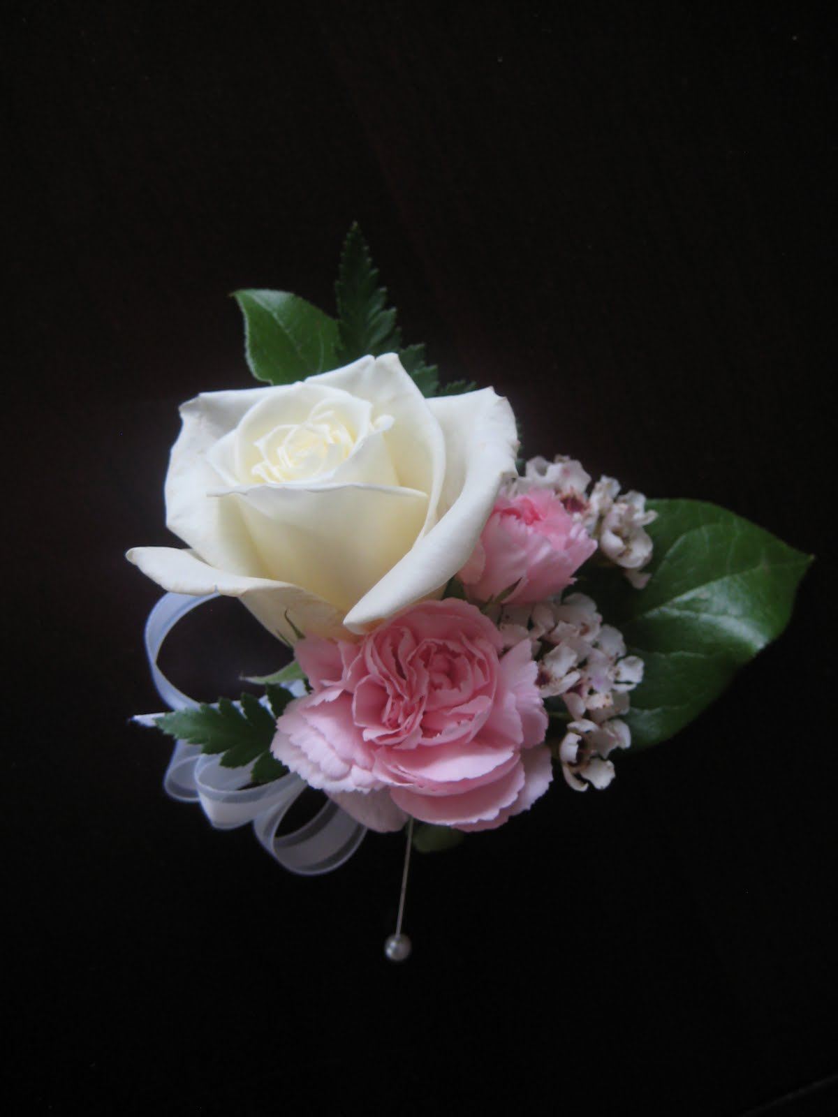 Buds Floral Design Carnation And Rose Wedding