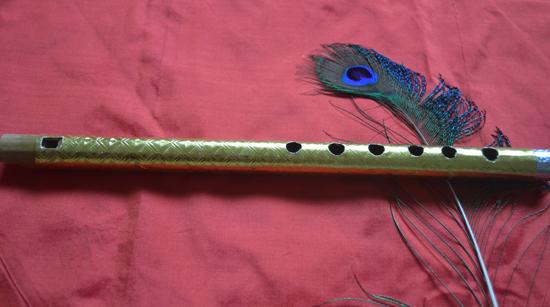 Golden-foil-wrapped-Flute+-Vedic-books