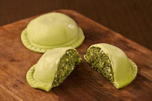 Pissani - Massa verde sem glúten com recheio de espinafre ricota e nozes