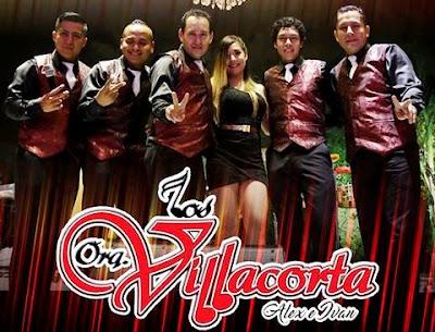 Foto de Los Villacorta bien uniformados