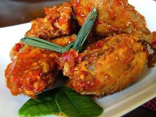 6 Makanan Khas Kalimantan Timur Beserta Gambarnya dan Keterangannya : Amplang DLL