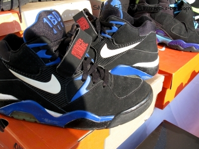 lowest price d43e3 45e63 Yep. Alot of people don t know, that Michael Jordan Wasn t the ONLY b-ball  player with a signature shoe. Nike hooked alot of ballers up at one time,  ...