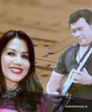 Lirik Syahdu Rhoma Irama duet Rita Sugiarto