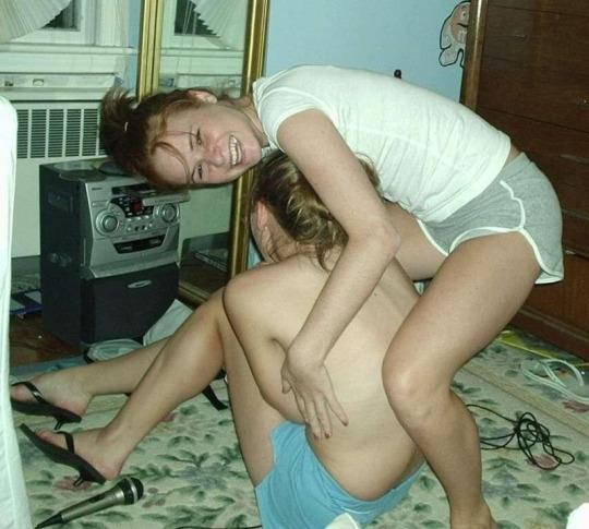 heavy legs girls nude