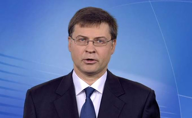 Dombrovskis: Επιλογή της ελληνικής κυβέρνησης η υπέρμετρη φορολόγηση