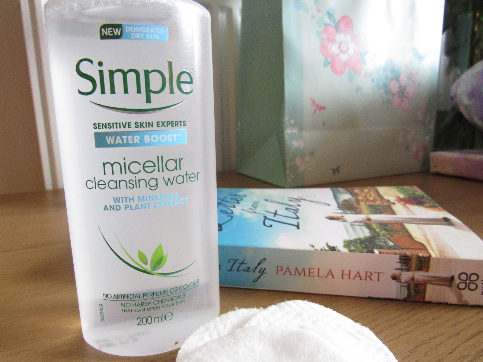 Blooming Fiction, lifestyle blog, Water Boost Micellar Cleansing Water From Simple