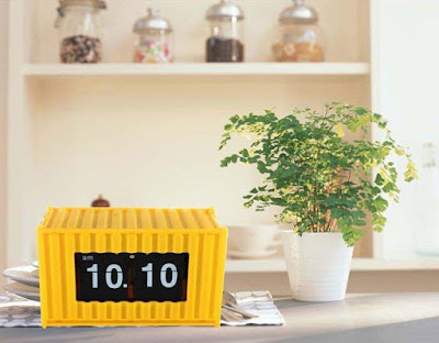 Box Container Auto Flip Clock