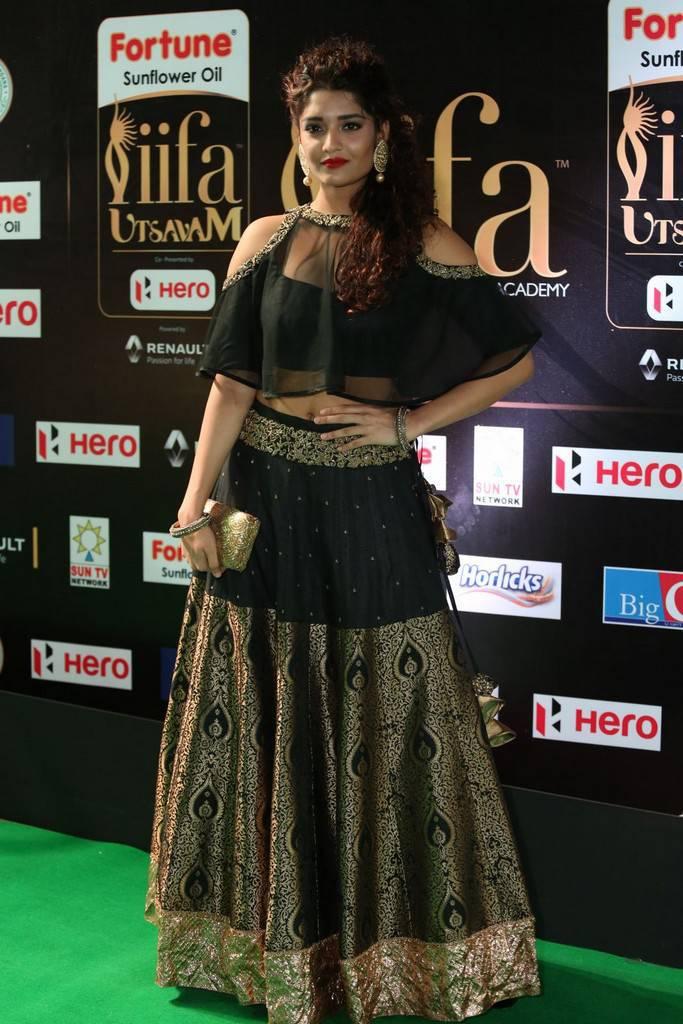 Tamil Actress Ritika Singh At IIFA Awards 2017 In Black Dress