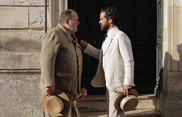 Los actores Grégory Gadebois y Romain Duris en un fotograma de la película Alto el fuego