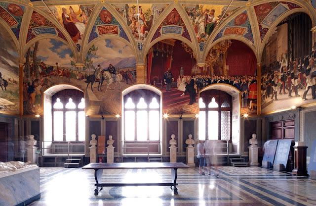 Obras expostas no Museo Civico em Siena