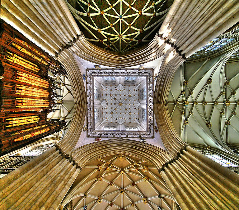 Catedral de York, Inglaterra, se inspirou no gótico normando importado da França