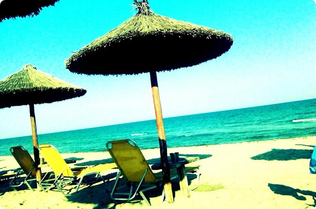 Paralia Katherini, Almira beach bar