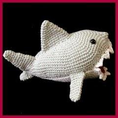 Peligroso tiburón amigurumi