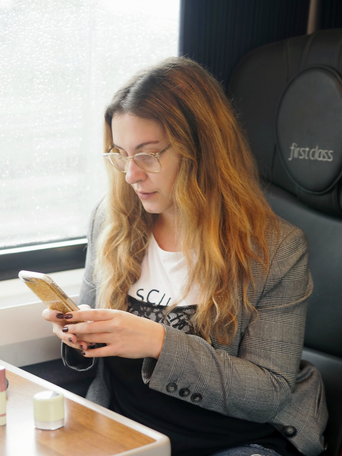 http://www.aforteforfashion.co.uk/2017/10/desk-to-dinner-with-northern-railway.html