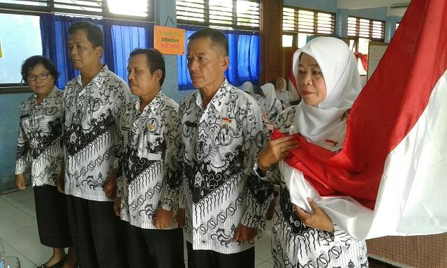 Nacih Pimpin Ranting 7 PGRI Kecamatan Sukmajaya