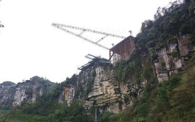 Η νέα γυάλινη γέφυρα της Κίνας είναι μόνο για πολύ γενναίους