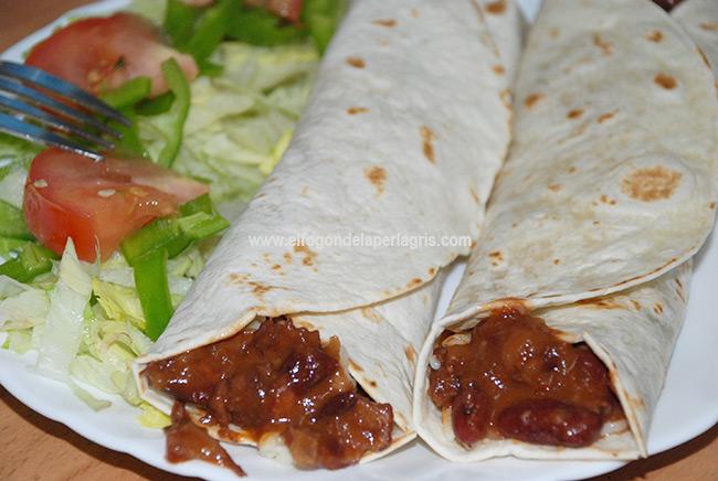 Fajitas de chili con carne y frijoles