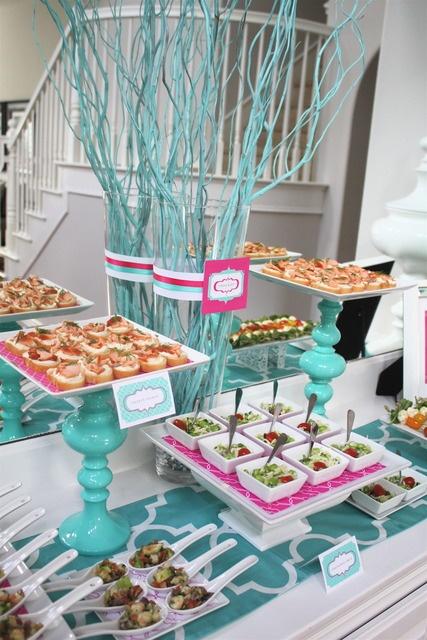 C mo decorar la mesa para una fiesta fiestas y todo eventos - Decorar mesas para eventos ...