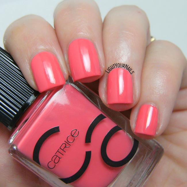 Smalto Catrice ICONails 07 Meet Me At Coral Island nail polish