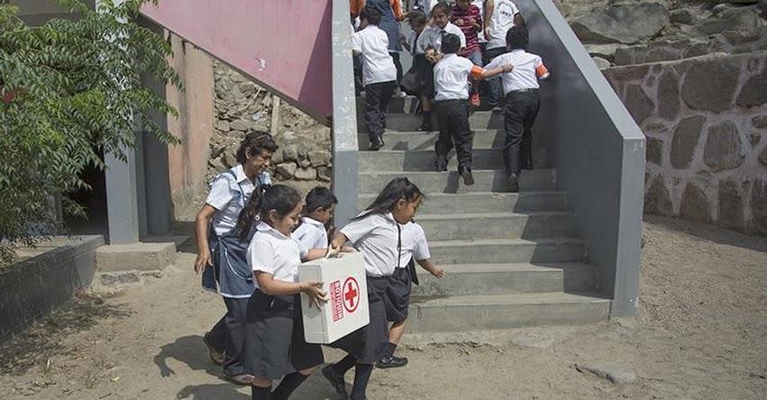 DRELM: Colegios de Lima Metropolitana se preparan para el «I Simulacro Regional de Huaicos e Inundaciones» www.drelm.gob.pe