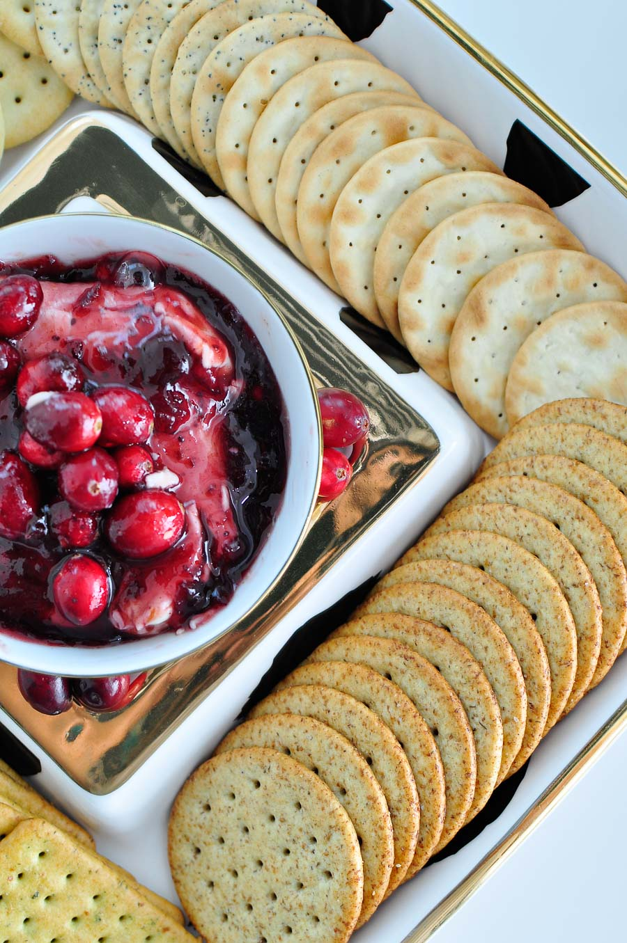 Cranberry chipotle cream cheese dip- the perfect appetizer for Thanksgiving and holiday gatherings!