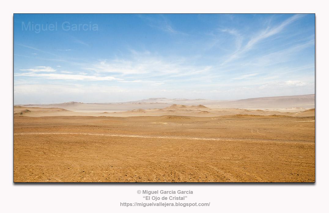 Desierto de Paracas, Pisco - Perú.