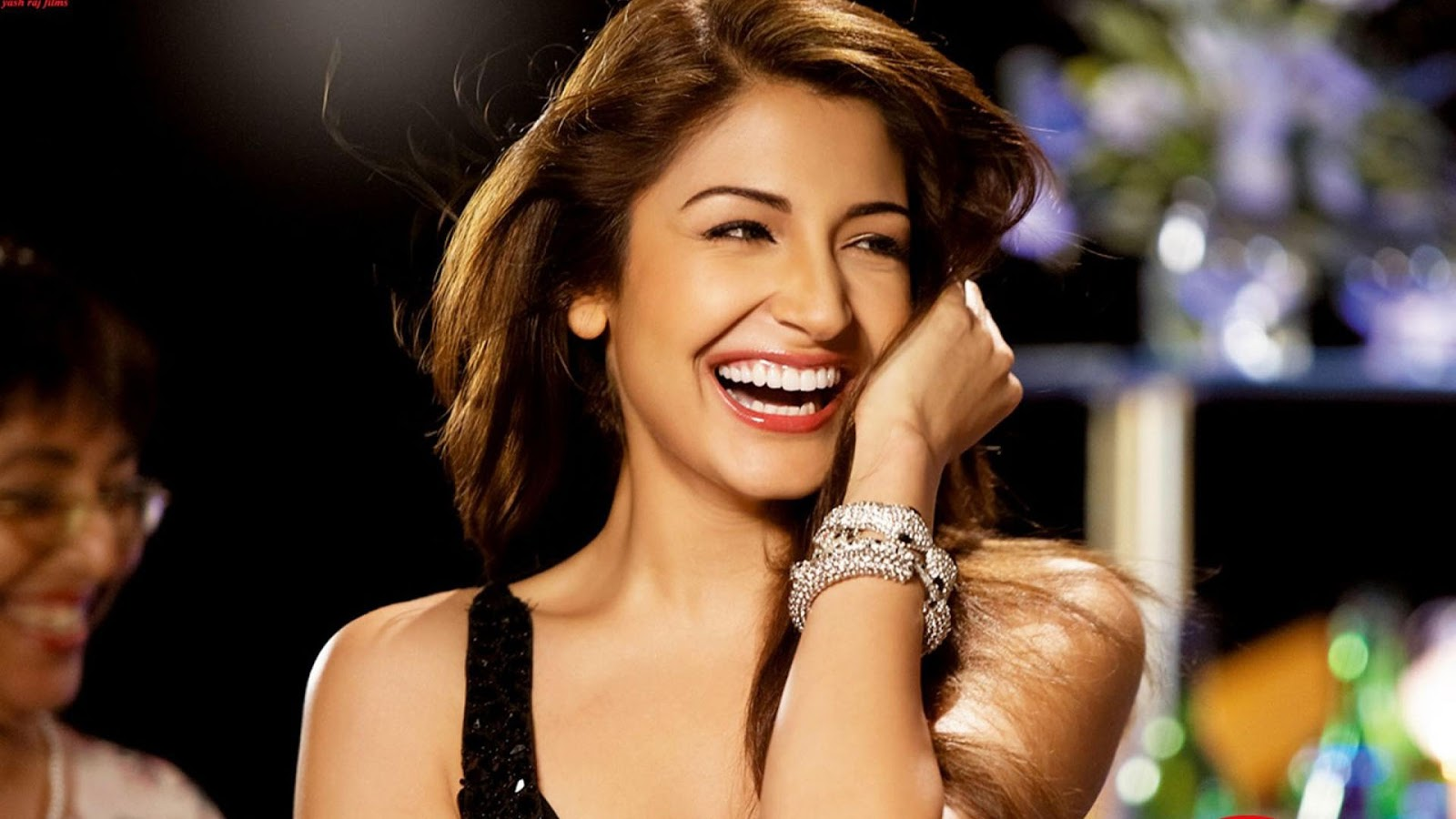 Anushka Sharma Hd Wallpapers  Wall Pc-5511