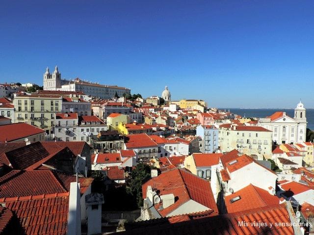 Mirador Portas Do Sol, Barrio Alfama, Lisboa