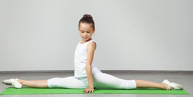 tu-the-xoac-trong-yoga