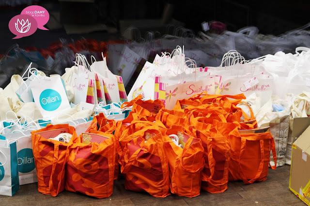 Co kryło się w tylu torbach? prezenty na BlogoDamach w Kórniku