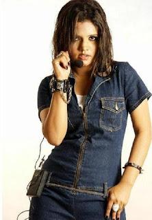 Mila Islam Bangladeshi Singer Singing