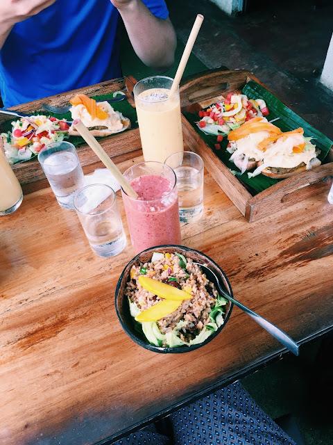 På den veganske kafeen Shaka, Bohol. Foto: Eidbjørg Søreide