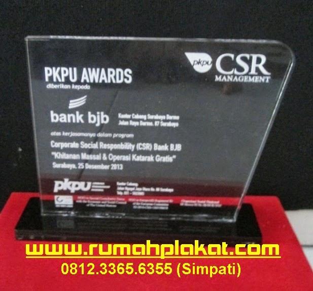Daftar Harga Plakat Acrylic, Plakat Murah Surabaya, Pembuat Plakat Surabaya, 0856.4578.4363