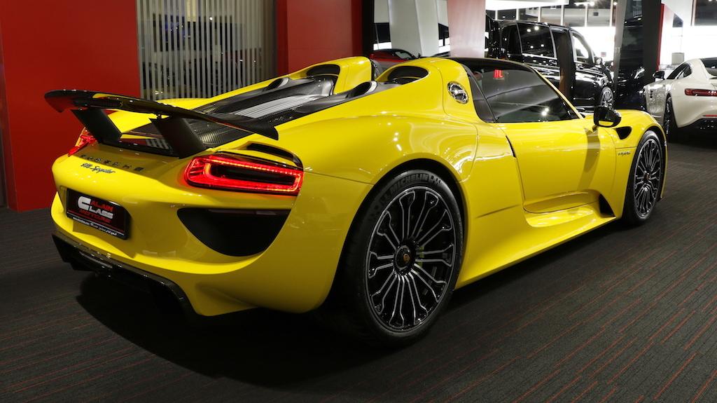 Rare Bright Yellow Porsche 918 Spyder Could Make You Wince