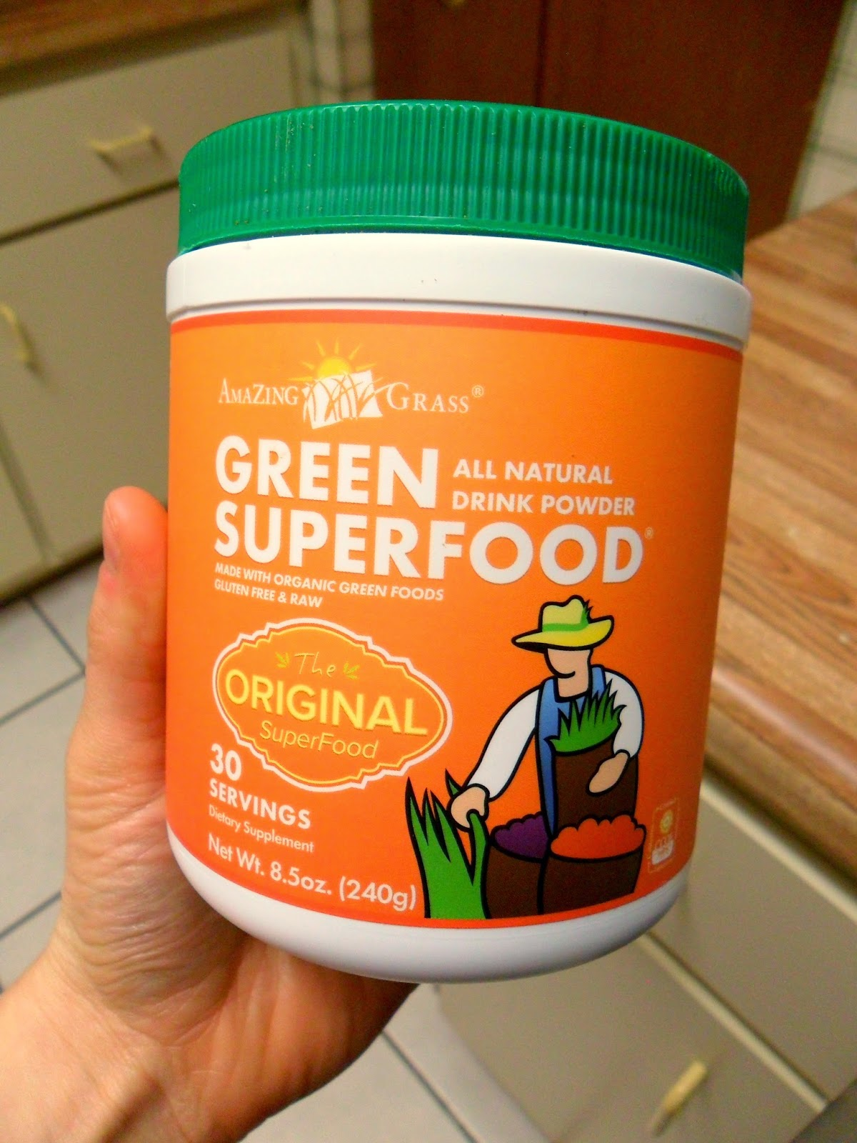 Amazing Grass Green SuperFood Powder on Hungry Gator Gal