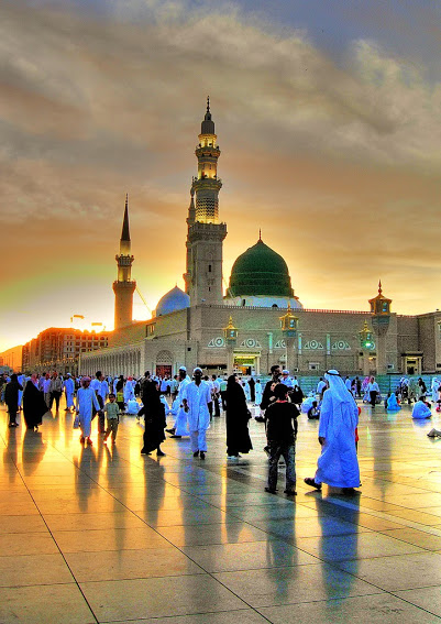 Masjid E Nabawi One Hd Wallpaper Pictures Backgrounds Free