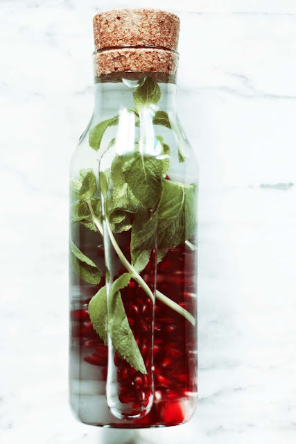 Eaux-infusées, eaux-toniques, santé,vitamine,pomme-grenade,menthe