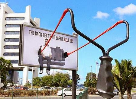 quảng cáo ngoài trời tuyên truyền về giao thông