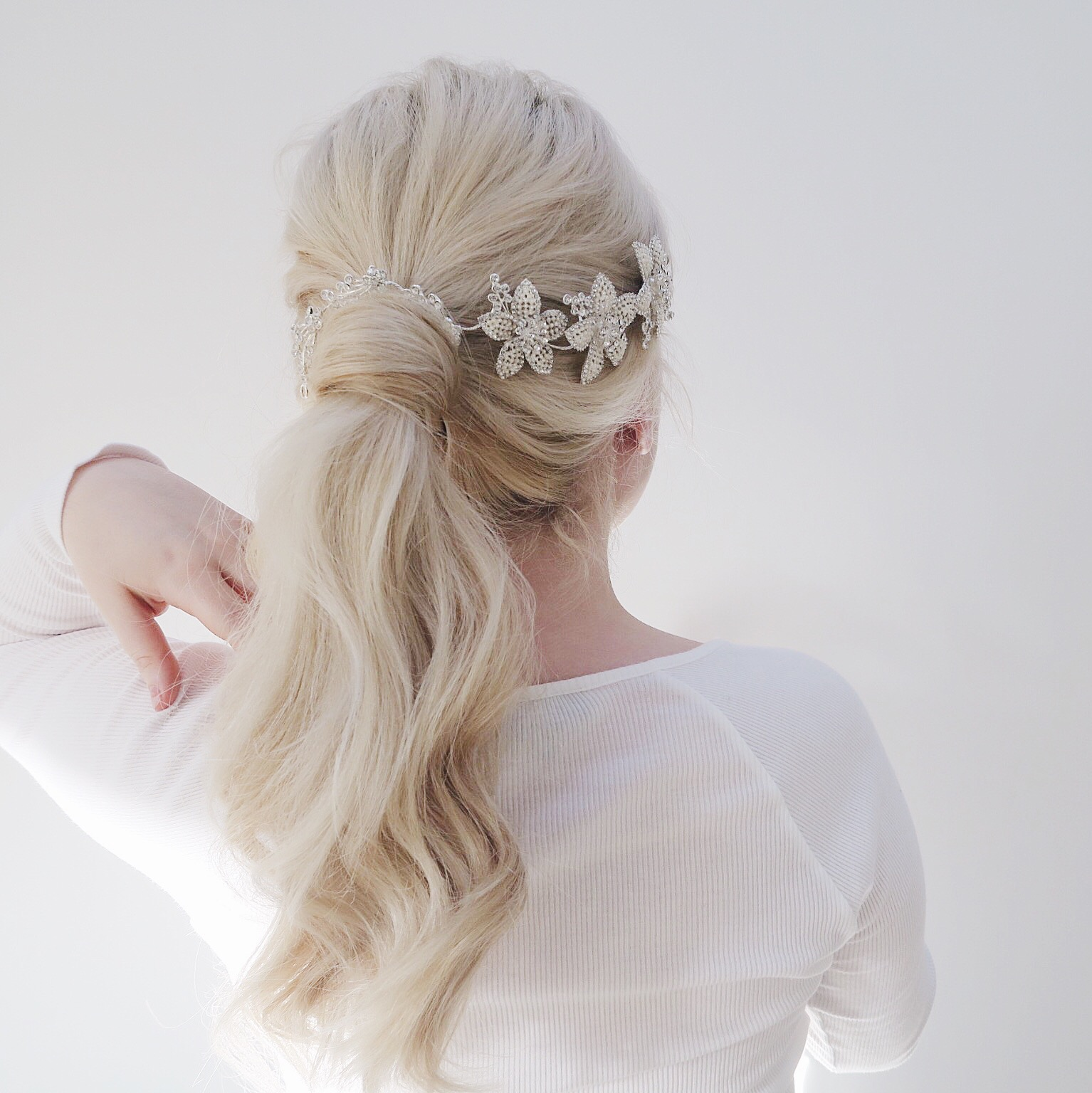 Two simple hair tutorials | Perfect for a wedding | Grace & Braver