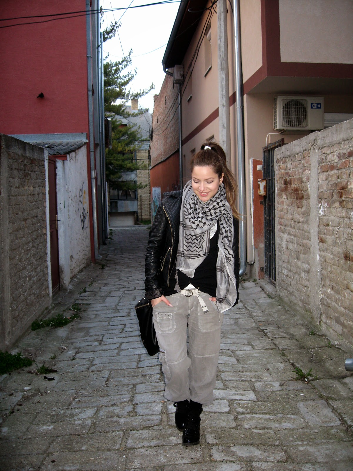 outfit, black and grey, grey cargo pants, c&a black pu faux leather jacket, black combat boots, dr martens boots, oversize scarf