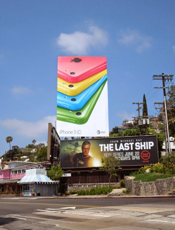 Giant Apple iPhone 5c 3rd wave billboard