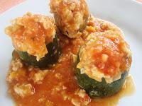 calabacines rellenos de pollo y jamón