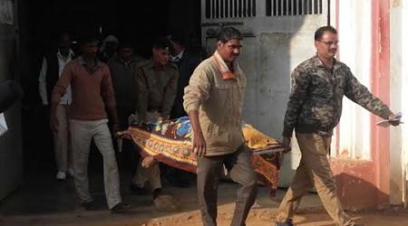 तिगैला जेल में फांसी पर झूलती मिली कैदी की लाश, कैदियों ने किया हंगामा