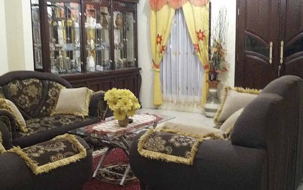 ruang tamu dan santi homestay kharisma