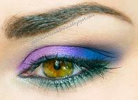 http://pannazalotka.blogspot.com/2013/12/kolorowy-jesienny-makijaz-z-hean.html