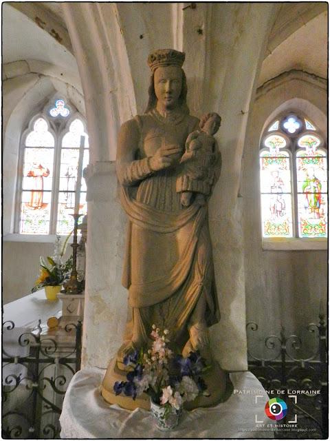 GONDRECOURT-LE-CHATEAU (55) - Vierge à l'Enfant (XVIIe siècle)