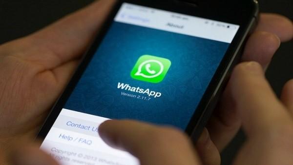 O aplicativo de Mesej Je permite que não seja necessário adicionar alguém no WhatsApp para poder falar contanto que tenha uma conta e conheçamos seu número de telefone.