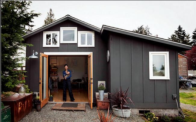 Come costruire casa con pochi soldi: il garage abitato